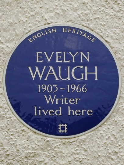 Evelyn_Waugh_1903_-_1966_writer_lived_here